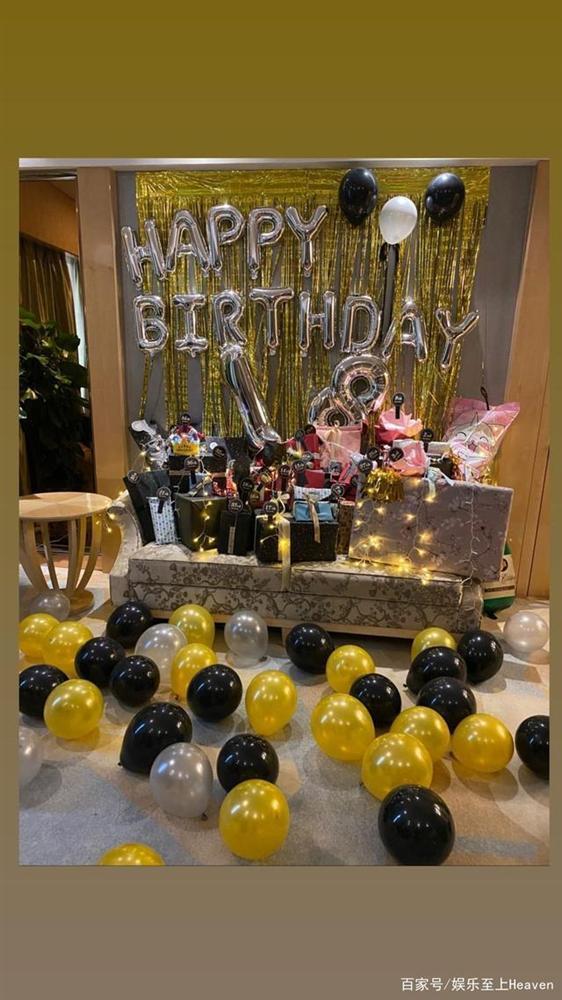 Đông Phương Bất Bại Trần Kiều Ân đón sinh nhật tuổi 41 cùng bạn trai kém tuổi-1