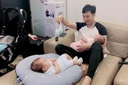 MC Thành Trung 'một nách hai con' khiến dân mạng vừa cười vừa thương