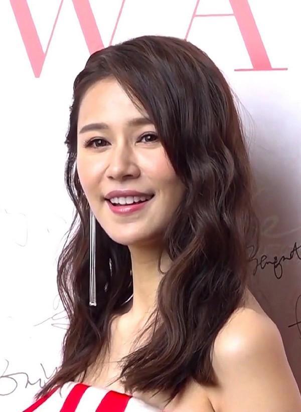 Xuất thân từ danh gia vọng tộc, 5 diễn viên TVB này đóng phim chỉ để cho vui-5