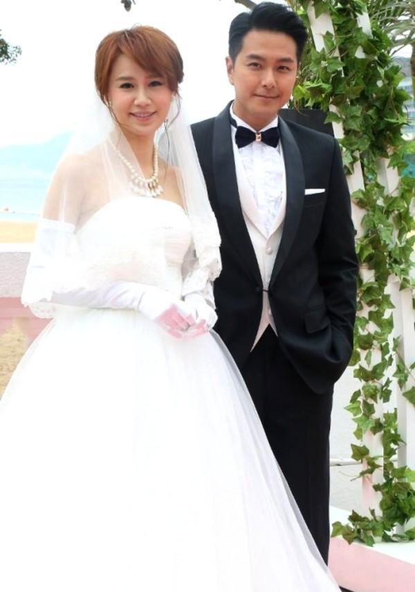 Xuất thân từ danh gia vọng tộc, 5 diễn viên TVB này đóng phim chỉ để cho vui-6