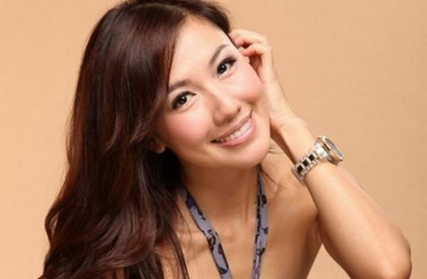 Xuất thân từ danh gia vọng tộc, 5 diễn viên TVB này đóng phim chỉ để cho vui-9