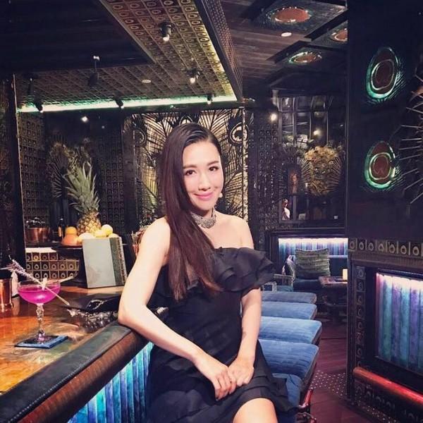Xuất thân từ danh gia vọng tộc, 5 diễn viên TVB này đóng phim chỉ để cho vui-10