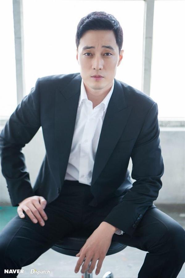Không chỉ đẹp trai, diễn giỏi, cưới vợ xinh - So Ji Sub còn ca hát quá đỉnh-3