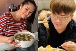 Chồng chăm con, Lê Phương đảm đang trổ tài làm món trứng lòng đào nước tương 'bất bại'