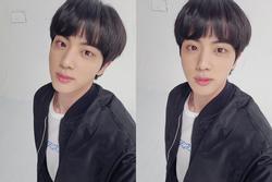 Fan thích thú, khen đẹp trai khi Jin (BTS) cắt tóc mái ngố