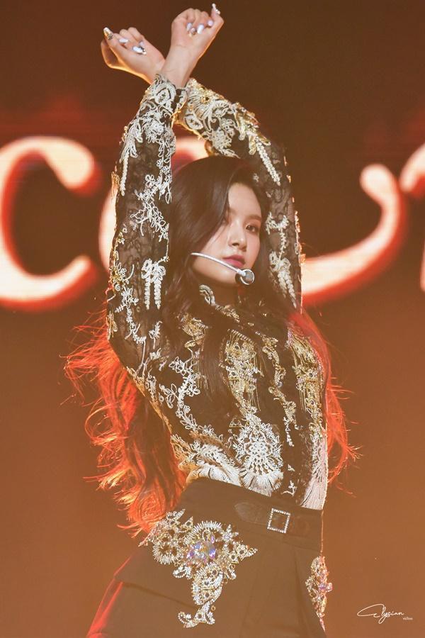 8 visual Kpop được ví Nữ thần sắc đẹp Freya tái sinh-5