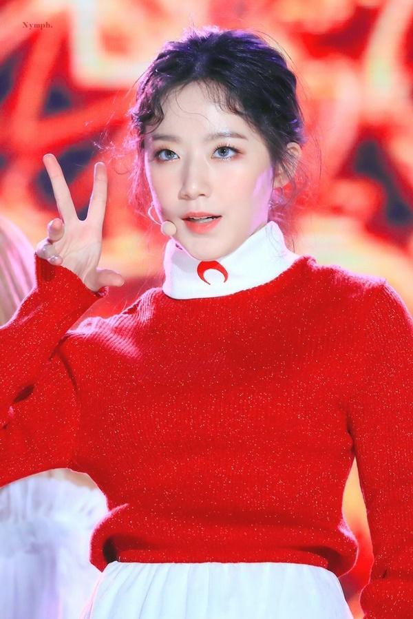 8 visual Kpop được ví Nữ thần sắc đẹp Freya tái sinh-6