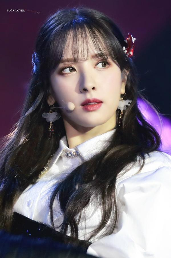 8 visual Kpop được ví Nữ thần sắc đẹp Freya tái sinh-14