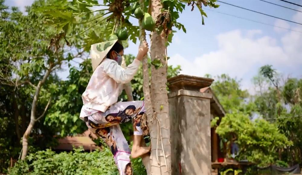 Khán giả quốc tế nói về cuộc sống của HHen Niê tại quê hương Đắk Lắk-7