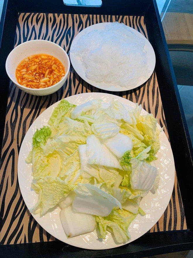 Đổi món mùa dịch, học ngay tuyệt chiêu món gà nghìn like của Thanh Thảo, vợ Đăng Khôi-10
