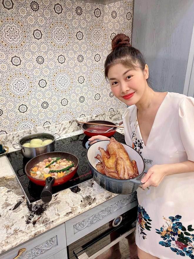 Đổi món mùa dịch, học ngay tuyệt chiêu món gà nghìn like của Thanh Thảo, vợ Đăng Khôi-16