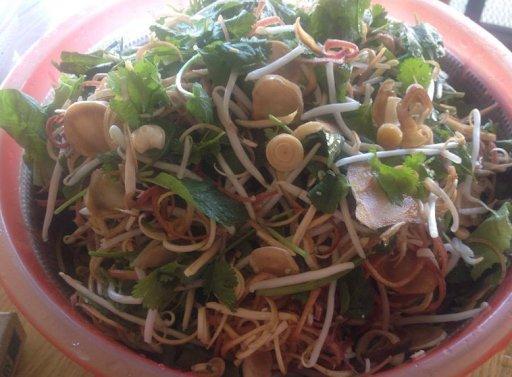 Cách nấu mì Quảng chuẩn vị ngon ngọt Miền Trung-2