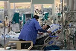 Cứu sống sản phụ 2 lần ngừng tim tại bệnh viện cách ly