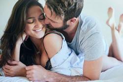 Các bà vợ không thể ngờ đây mới là giai đoạn các ông chồng dễ ngoại tình nhất