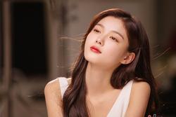 'Sao nhí' Kim Yoo Jung càng lớn càng đẹp ngỡ ngàng