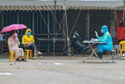 Hà Nội: Phó trưởng công an phường ăn cơm cùng bệnh nhân 243 ở Mê Linh âm tính với Covid-19