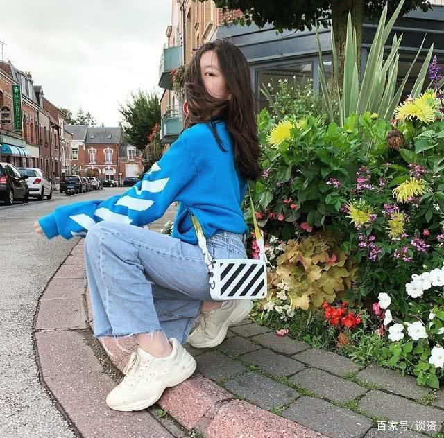Con gái 13 tuổi của Lý Á Bằng - Vương Phi khoe vóc dáng như thiếu nữ-11