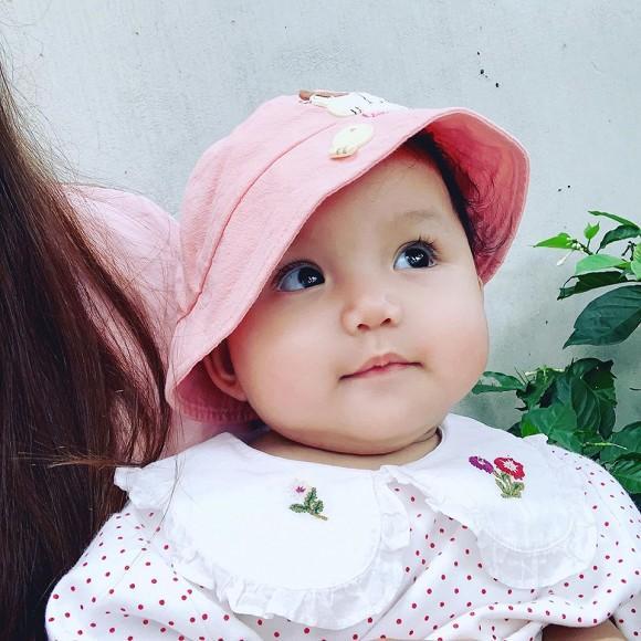 Loạt ảnh mới cực yêu của con gái ca sĩ Ngọc Anh với người tình kém tuổi-2