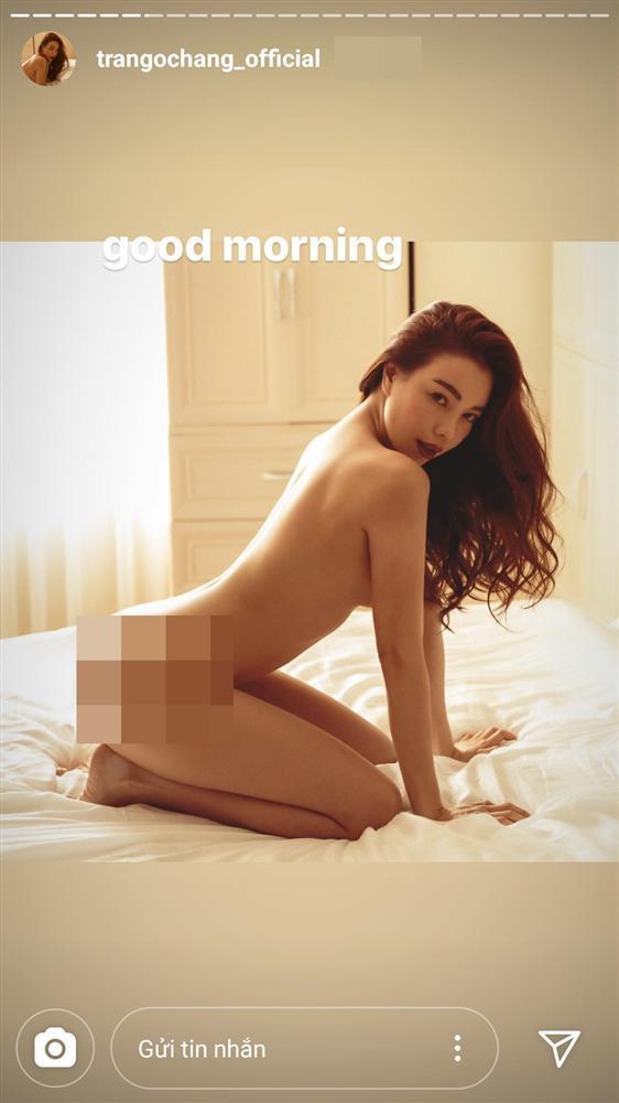 VZN News: Trà Ngọc Hằng tung bộ ảnh không mảnh vải, nhăm nhe soán ngôi đệ nhất sexy của Ngọc Trinh-2