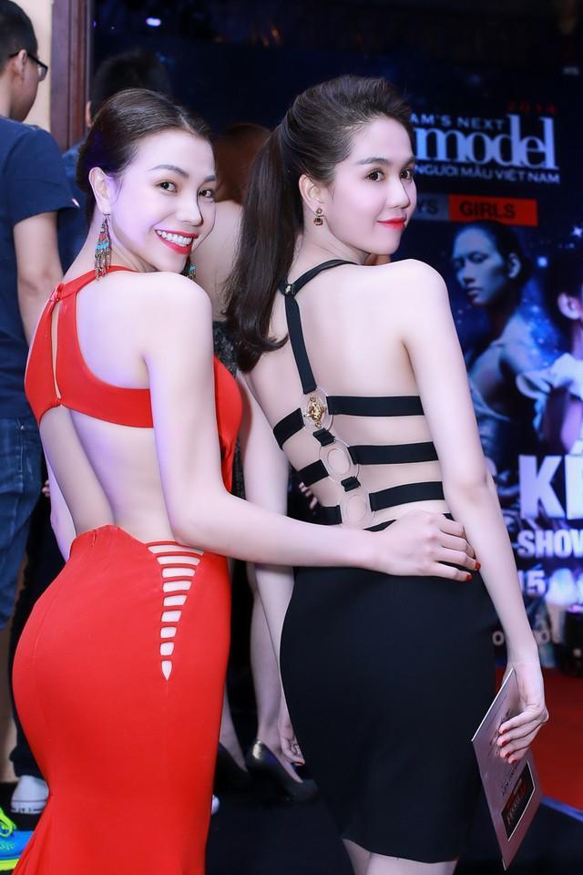 VZN News: Trà Ngọc Hằng tung bộ ảnh không mảnh vải, nhăm nhe soán ngôi đệ nhất sexy của Ngọc Trinh-5