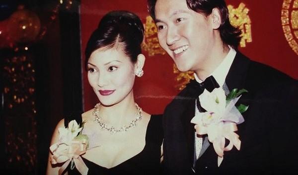 Nam thần TVB một thời lừng lẫy: nhiều lần nổi máu dê sàm sỡ phụ nữ, vợ vẫn rộng lòng thứ tha-6