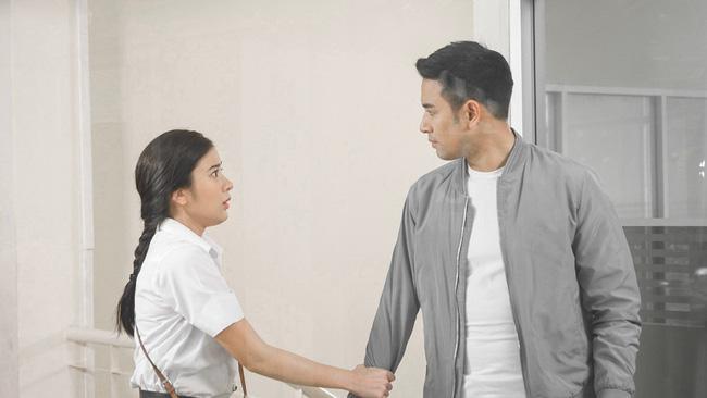 Chồng một mực muốn ly hôn vợ nhưng vào đêm quyết định, nhìn cô làm 1 việc mà anh lại vội vàng thay đổi-1
