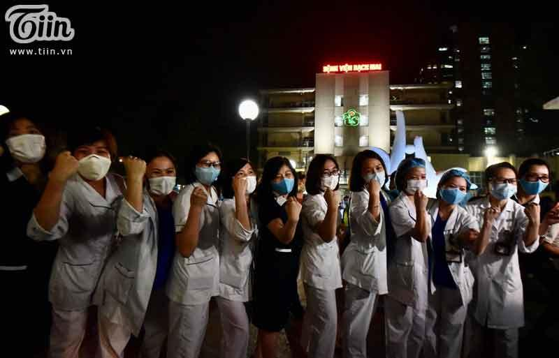 Yêu cầu Bệnh viện Bạch Mai báo cáo vi phạm giãn cách xã hội, tụ tập hát hò không đeo khẩu trang-1
