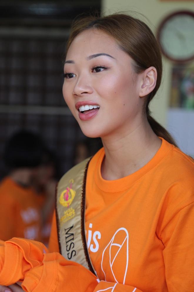Cha mẹ Hoa hậu Việt Nam Toàn cầu sốc, suy sụp khi con mất ở tuổi 22-4