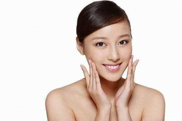 Không cần đến spa, các người đẹp vẫn massage da mặt tại nhà với nguyên liệu rẻ tiền, dễ kiếm-1