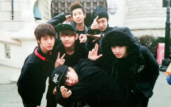 Chủ tiệm ăn tiết lộ thời thực tập sinh của BTS: Cả nhóm rất lễ phép, RM sớm có tố chất lãnh đạo, 7 thành viên ướt đẫm mồ hôi vì luyện tập-3