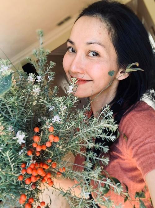 Kim Hiền chăm chồng con giữa dịch-4