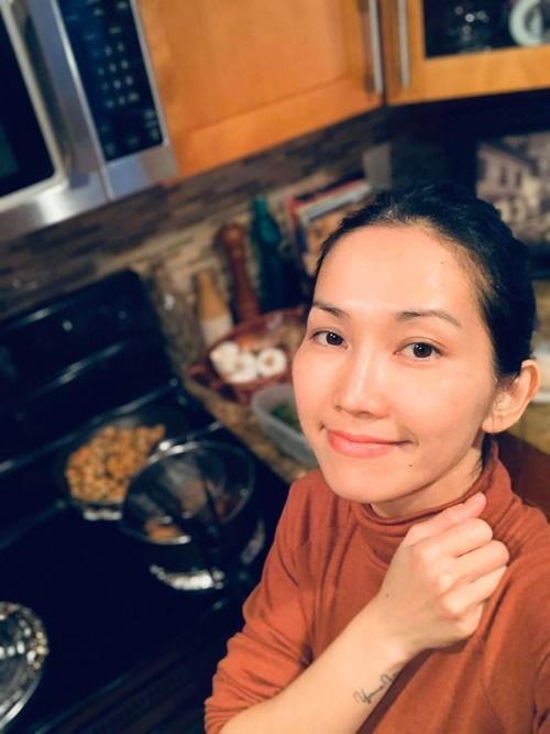 Kim Hiền chăm chồng con giữa dịch-5