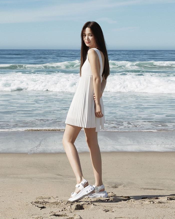 Song Hye Kyo khoe nhan sắc cuốn hút, thần thái hơn người giữa tin đồn nhà tân hôn bị phá bỏ-4