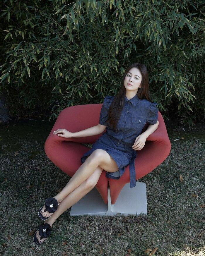 Song Hye Kyo khoe nhan sắc cuốn hút, thần thái hơn người giữa tin đồn nhà tân hôn bị phá bỏ-7