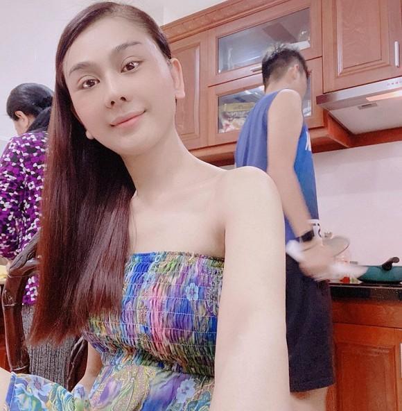 Chi Pu make up xinh giống diễn viên Thái Baifern - Đức Phúc cắt tóc như cái bát úp-7