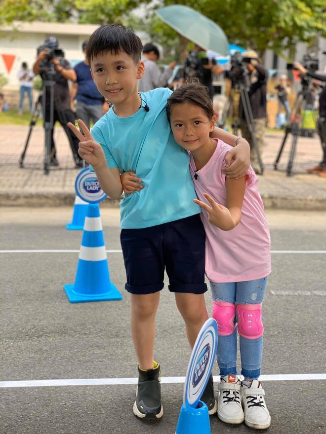 Quý tử nhà Thu Trang - Tiến Luật: Càng lớn càng khôi ngô, mới 6 tuổi đã nổi rần rần hội mê trai đẹp-3