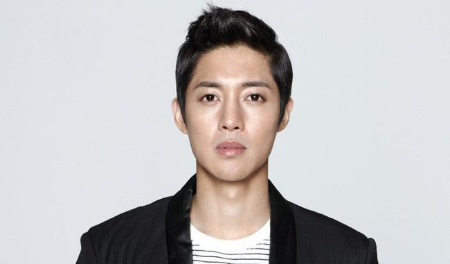 Đây là những trưởng nhóm xuất sắc nhất của nhà SM - Kim Hyun Joong rời khỏi KeyEast Entertainment-9