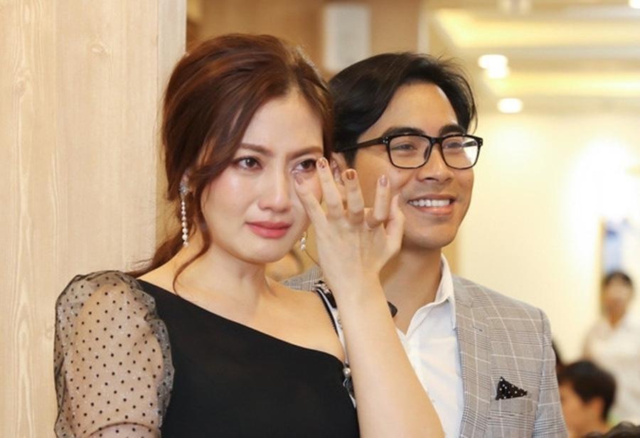Thủy Tiên, Nhật Kim Anh: Người hạnh phúc, giàu sang - kẻ hôn nhân lận đận-11