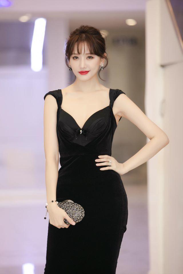 Thủy Tiên, Nhật Kim Anh: Người hạnh phúc, giàu sang - kẻ hôn nhân lận đận-4