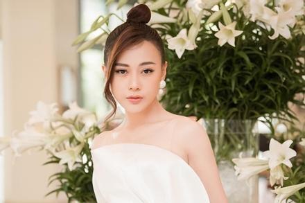 Phương Oanh: 'Anh ấy là người đầu tiên vừa gặp tôi đã thích'