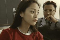 'Quốc bảo nhan sắc' Kim Tae Hee đẹp xuất sắc khi còn là sinh viên