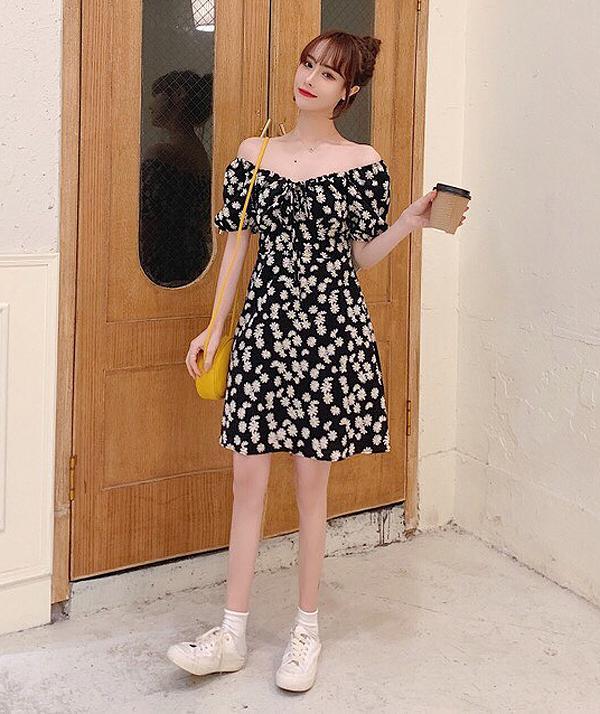 Váy hoa cúc xinh như Rosé là hot trend phải có hè này-9