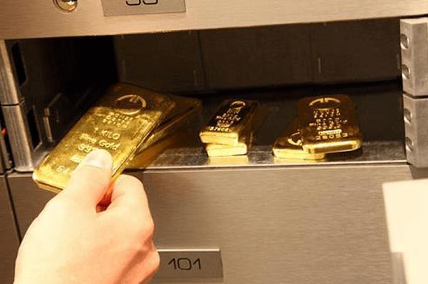 Muốn két sắt lúc nào cũng chật tiền, bạn đừng quên bỏ những thứ sau vào để kích lộc-1