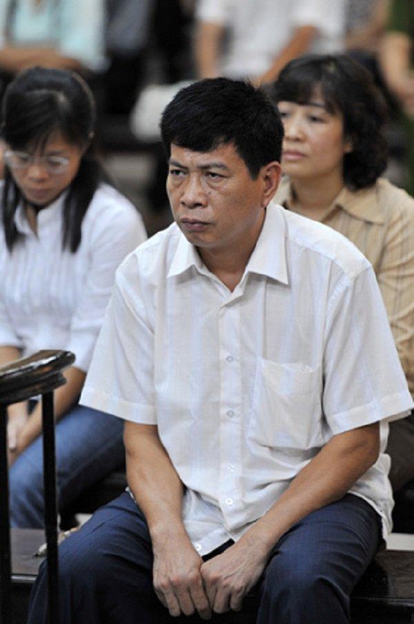 4 đại gia Việt lùm xùm nhân tình: Người bị vợ tố cáo, người vướng lao lý mới bại lộ-2