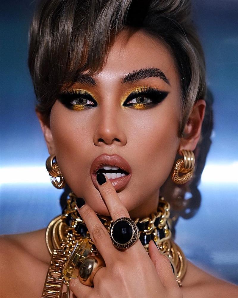 Bản tin Hoa hậu Hoàn vũ 17/4: Fancam chứng minh body Hoàng Thùy chặt nguyên dàn thí sinh-9