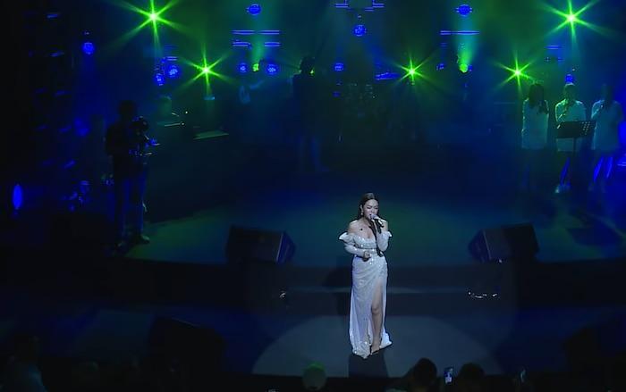 Dân mạng bồi hồi khi nghe Phạm Quỳnh Anh hát lại ca khúc 10 năm tuổi đời!-2