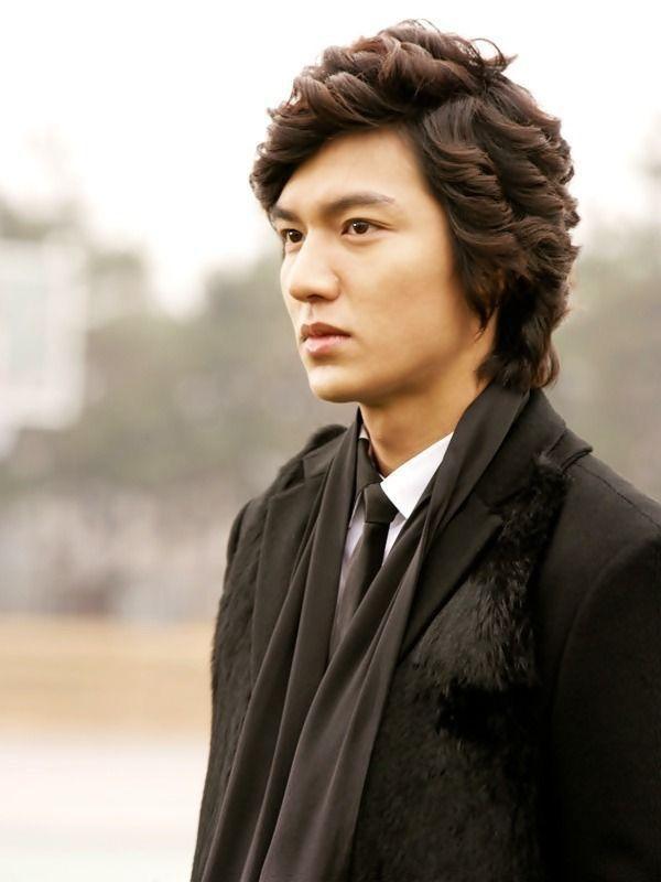 Lee Min Ho: ngôi sao đi lên từ đôi chân gẫy, bên ngoài đẹp trai bên trong nhiều tiền-4