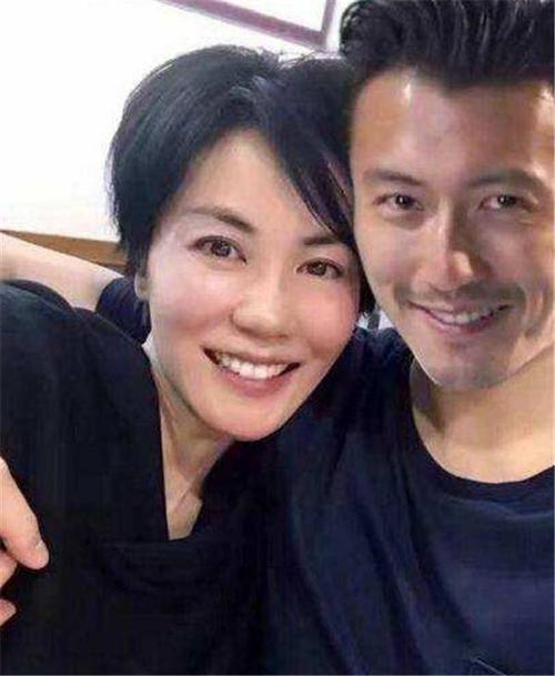 Chỉ với chi tiết nhỏ, dân mạng biết rằng tình cảm của Tạ Đình Phong - Vương Phi vẫn bền vững và nồng thắm-9