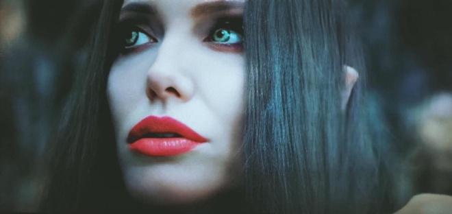 Tại sao Angelina Jolie là tiêu chuẩn vàng nhan sắc thế giới?-5