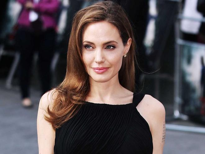 Tại sao Angelina Jolie là tiêu chuẩn vàng nhan sắc thế giới?-4